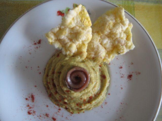 receta de paté de garbanzos, aguacate, queso y anchoa