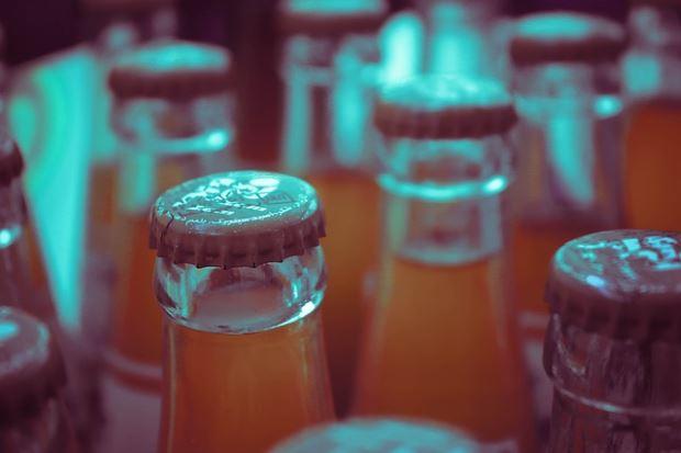 beber calorías de refrescos