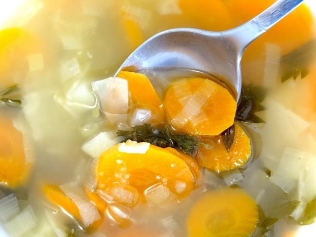 caldo casero de verduras